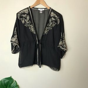 Pinky | Embroidered Tie Front Cinched Kimono Small